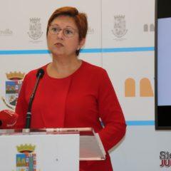 """Juana Guardiola Verdú: """"Estamos trabajando para aplicar medidas económicas lo antes posible"""""""