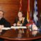 El Ayuntamiento aporta 10.000 euros para el atrio de la Parroquia de Santiago