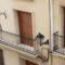 Los tamborileros jumillanos hicieron vibrar a sus vecinos desde los balcones