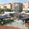 El Mercado de Abastos ya incorpora puestos de textil y calzado el próximo martes
