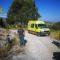 La Guardia Civil auxilia a un ciclista en El Carche después de sufrir una grave caída