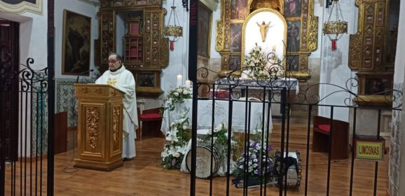 La Asociación de Tambores pone fin a la Semana Santa junto al Cristo de la Sangre