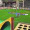 Se sustituye el pavimento de los juegos infantiles de la plaza Alcoholera de Menor