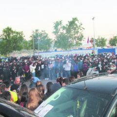 Tras una concentración pacífica en  homenaje a Kevin Morales, llegaron nuevos disturbios