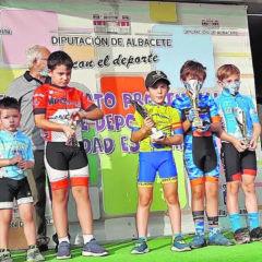 La Escuela de Ciclismo de Jumilla participa en pruebas de Ontur y Novelda