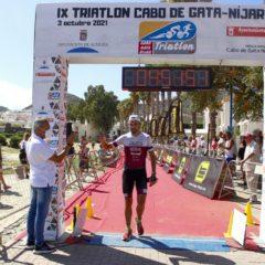Cinco componentes del Club Triatlón Jumilla compitieron el pasado fin se semana en Cabo de Gata, Almoradí y en Sangonera La Verde