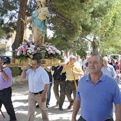 Los fuentepineros honran a la Virgen del Rosario en sus fiestas