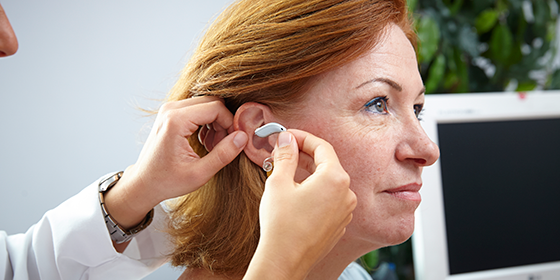 JLO nos traslada la duda de ¿Qué puede ocurrir si tengo una pérdida auditiva y no recibo tratamiento?