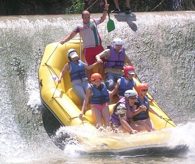 Resultado de imagen de excursion descenso rio segura