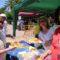 La Hermandad de la Virgen de La Soledad reparte 400 platos de una paella gigante solidaria